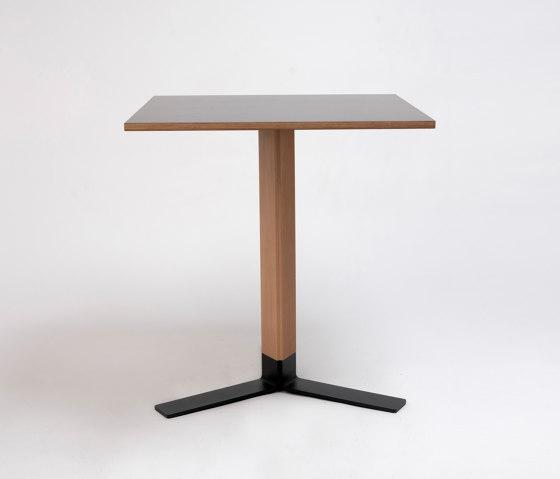Tero Pedestal by ONDARRETA | Bistro tables