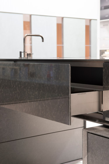BLOCK by steininger.designers | Compact kitchens