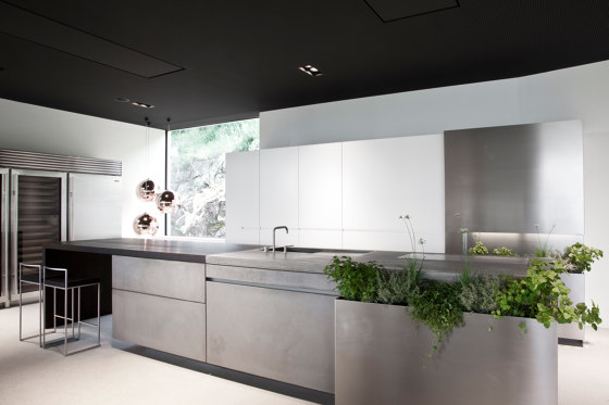 PURE by steininger.designers | Fitted kitchens