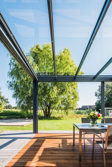 Glass canopy SDL Acubis by Solarlux | Winter gardens