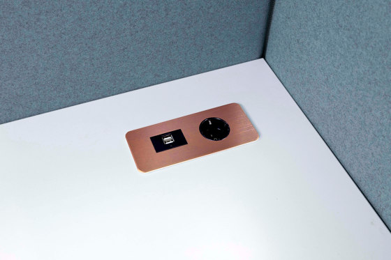 Table Top Slim by Götessons   USB power sockets