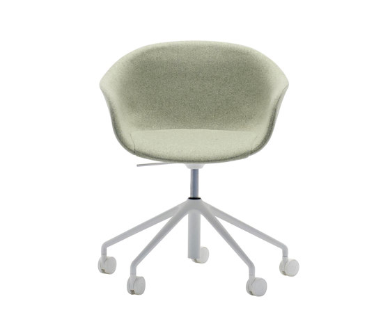 Next SO 0498 by Andreu World | Chairs