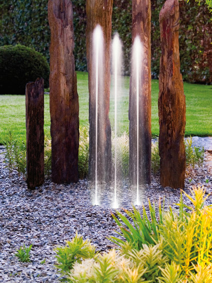 Water Trio by Oase | Waterspout fountains