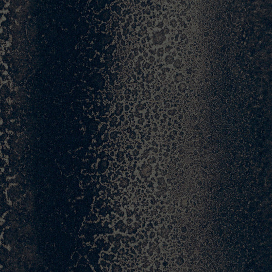 Signature Abstracts - 1,0 mm | Chroma Black by Amtico | Synthetic panels