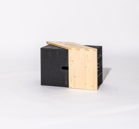 Xbrick   X-tseat by wd3   Poufs