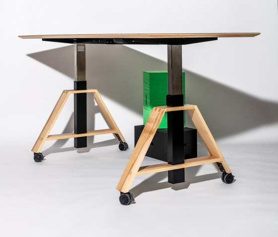 motu project table by Westermann   Contract tables