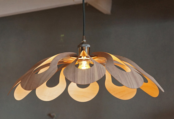 Ipaki Small by Passion 4 Wood   Suspended lights