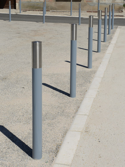 Alliage Post by Univers et Cité | Bollards