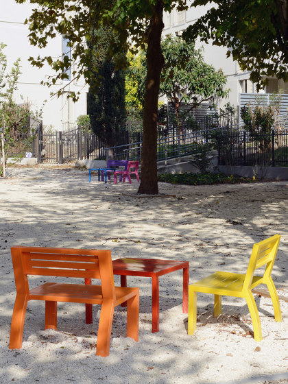 Cléa Full-Steel Armchair & Bench & Table by UNIVERS & CITÉ | Kids chairs