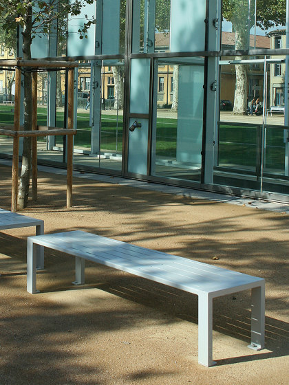 Cléa Full-Steel Backless Bench by UNIVERS & CITÉ   Benches