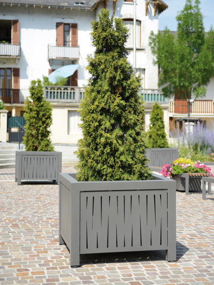 Evolution Planter Square by UNIVERS & CITÉ | Plant pots