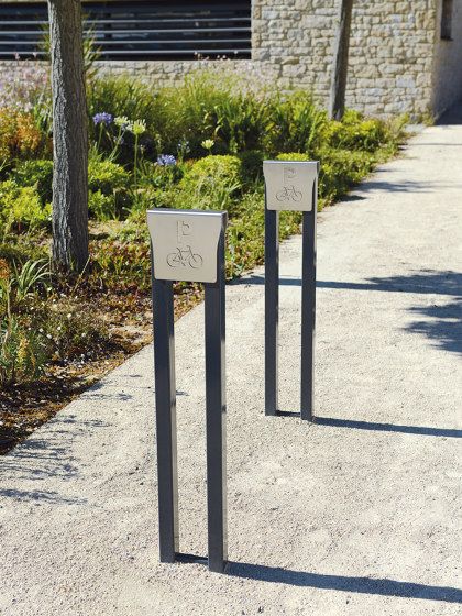 Fusion Bike Rack by UNIVERS & CITÉ | Bicycle stands