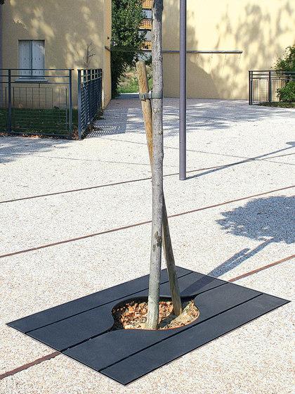 Link Tree Grates by Univers et Cité | Tree grates / Tree grilles