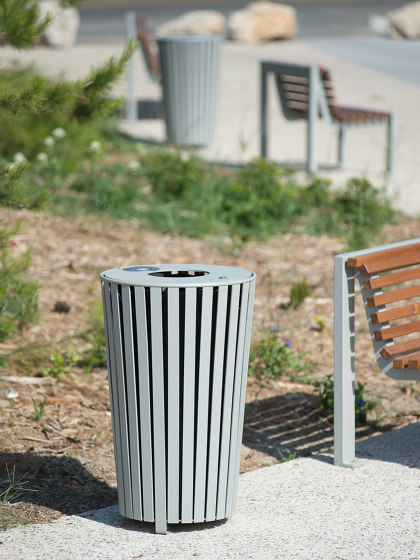 Luna Bin by UNIVERS & CITÉ | Waste baskets