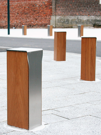 Novéo Bollard by UNIVERS & CITÉ | Bollards