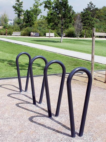 Oméga Bike Rack by Univers et Cité | Bicycle stands
