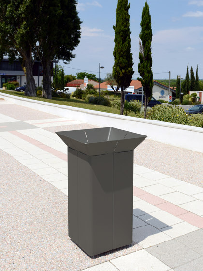 Oria Bin by Univers et Cité | Waste baskets