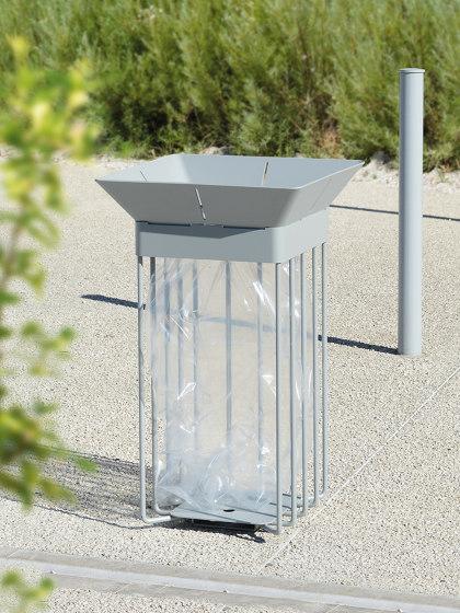 Oria Vigipirate Bin by UNIVERS & CITÉ | Waste baskets