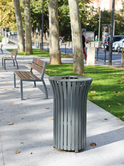 Solis Bin by Univers et Cité | Waste baskets