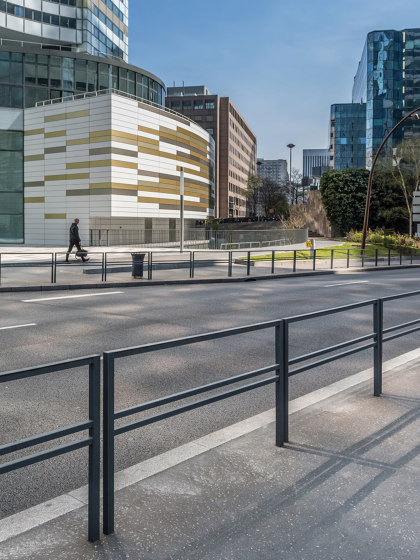 Tiby Barrier by UNIVERS & CITÉ | Railings / Balustrades
