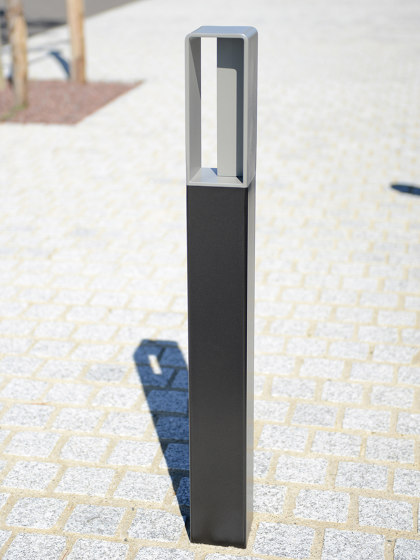 Zéo Bollard by UNIVERS & CITÉ | Bollards
