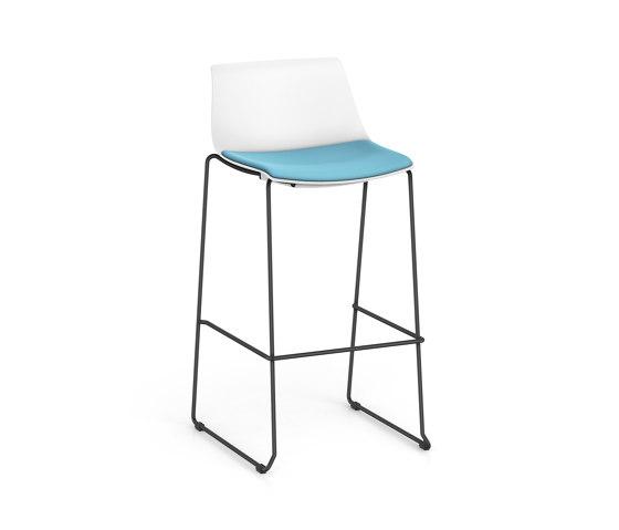 SHUFFLEis1 SU232 by Interstuhl | Bar stools