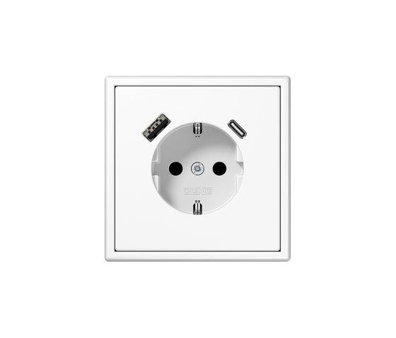 LS 990 | USB-A/C SCHUKO-Socket LS 990 white by JUNG | Schuko sockets