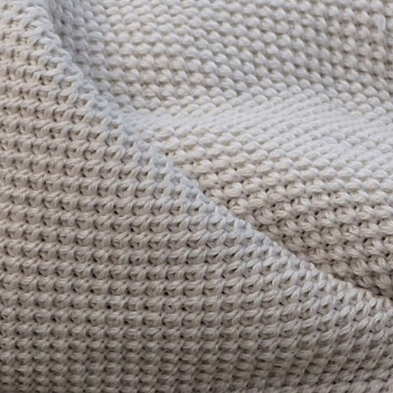 Helmi Wool by IIIIK INTO Oy | Plaids