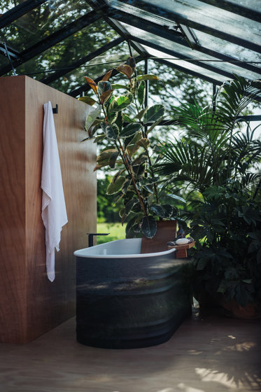 Vieques Outdoor by Agape | Bathtubs