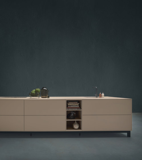 NX 510 Sahara beige matt velvet by next125 | Island kitchens
