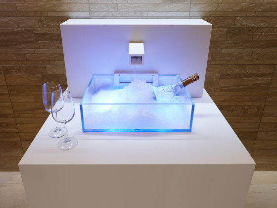 Ice Fountain | Corian Ice by Carmenta | Spa