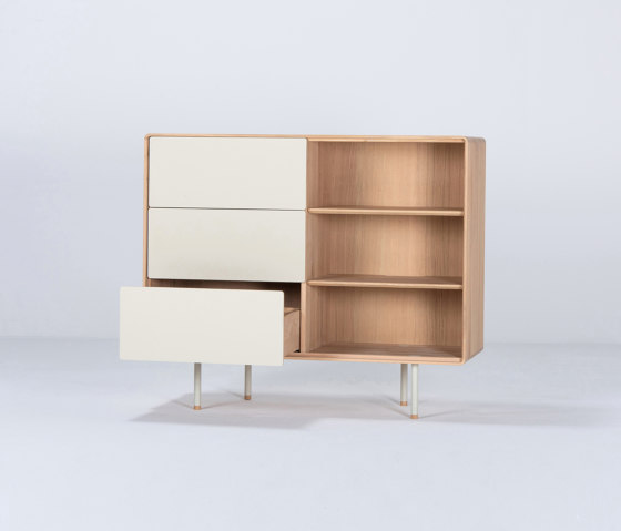 Fina dresser | 118 - with drawers de Gazzda | Aparadores