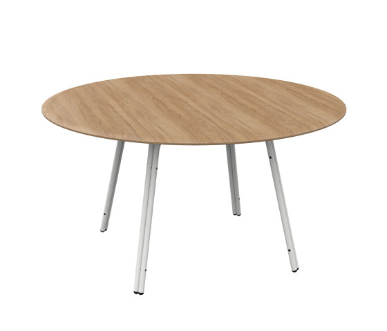 Formsoa Café table Ø140 by Bogaerts Label | Dining tables