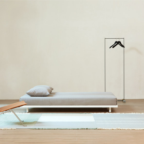 Basic Bed de Atelier Alinea | Sommiers / Cadres de lit