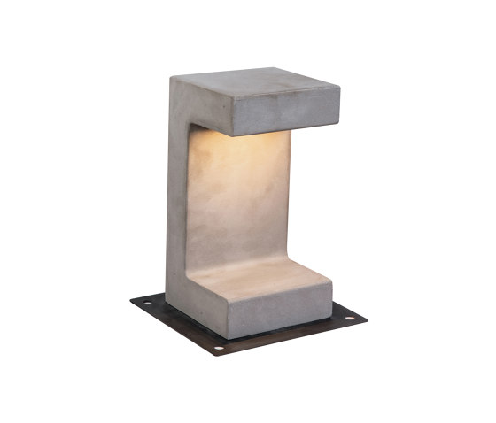 Decorative Outdoor | E191 by ALPHABET by Zambelis | Outdoor floor-mounted lights
