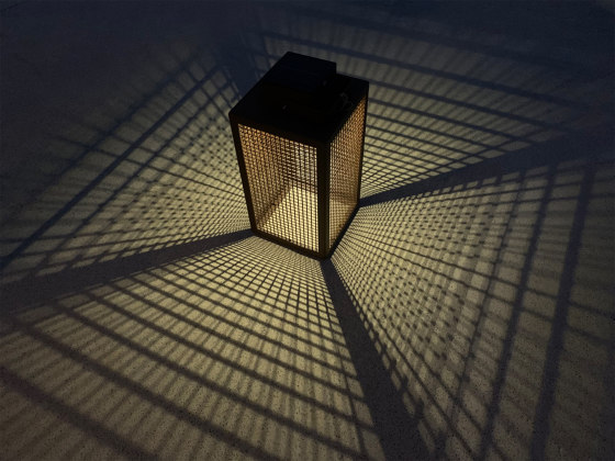 SOLAR lantern | LAS 500 ES by LYX Luminaires | Outdoor floor lights