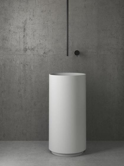 Nero 22 by Vallone   Wash basin taps