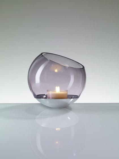 Maylily Candle Tischleuchte von Licht im Raum | Kerzenständer / Kerzenhalter