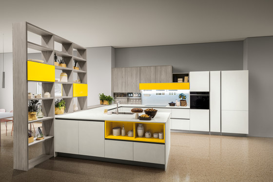 Start-Time J by Veneta Cucine | Fitted kitchens