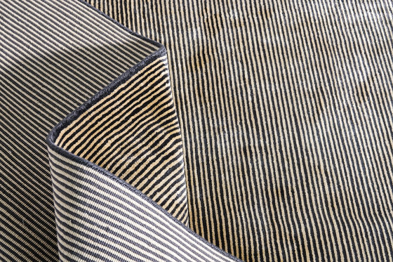 Color Block | Breton Black by Tapis Rouge | Rugs