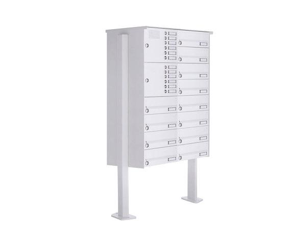 Basic | 12er 8x2 Standbriefkasten Design BASIC 385P-9016 ST-T mit Klingelkasten - RAL 9016 verkehrsweiß Rechts by Briefkasten Manufaktur | Mailboxes