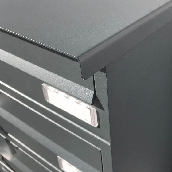 Basic   12er Edelstahl Aufputz Briefkastenanlage Design BASIC Plus 385 XA 220 - RAL nach Wahl by Briefkasten Manufaktur   Mailboxes