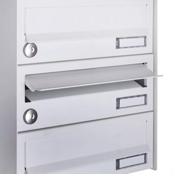 Basic | 13er Aufputz Briefkastenanlage Design BASIC 385A-9016 AP mit Klingelkasten - RAL 9016 verkehrsweiß Rechts by Briefkasten Manufaktur | Mailboxes