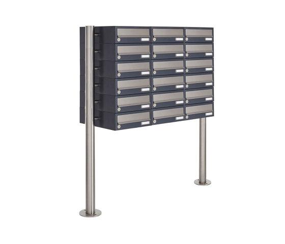 Basic | 18er 6x3 Briefkastenanlage freistehend Design BASIC 385 ST-R - Edelstahl-RAL 7016 anthrazitgrau by Briefkasten Manufaktur | Mailboxes