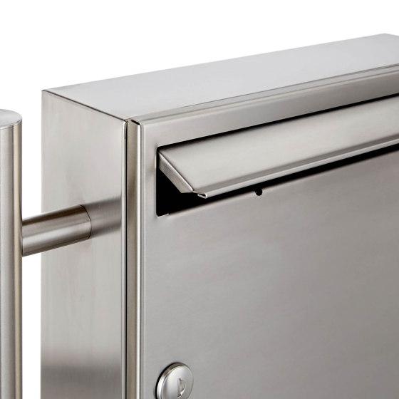 Basic | 3er 2x2 Edelstahl Standbriefkasten Design BASIC 381 ST-R mit Klingelkasten Rechts 100mm Tiefe by Briefkasten Manufaktur | Mailboxes
