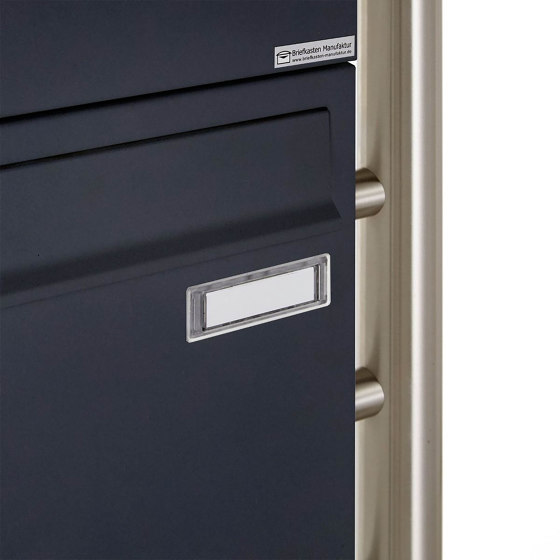 Basic | 3er 3x1 Standbriefkasten Design BASIC 381 ST-R mit Klingelkasten - RAL 7016 anthrazitgrau Oben 100mm Tiefe by Briefkasten Manufaktur | Mailboxes