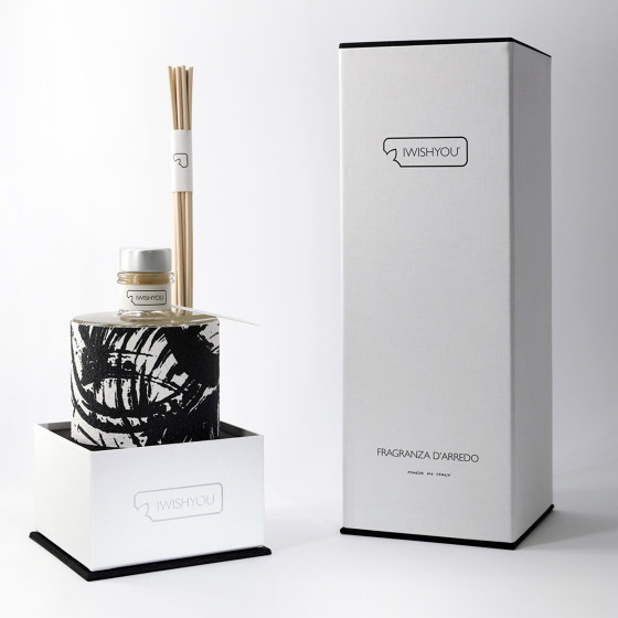 Lovebrush | Prestige Tabacco e Agrumi by IWISHYOU | Spa scents