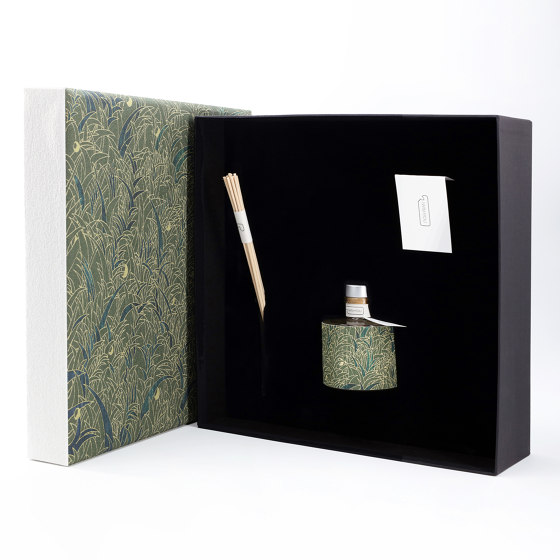 Season One   Premium Tabacco e Agrumi by IWISHYOU   Spa scents