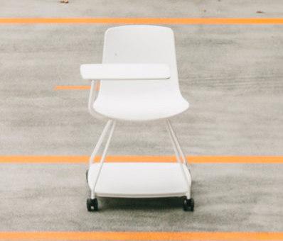Tray chair di ENEA   Sedie