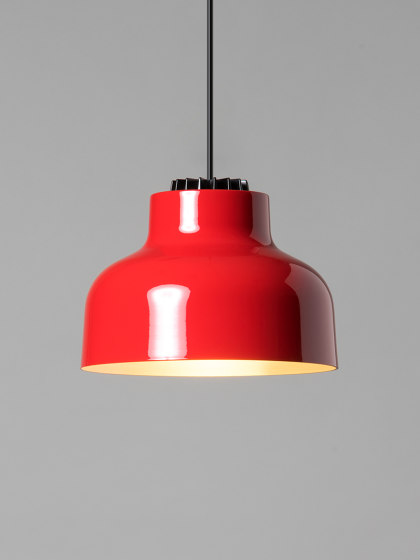 M64 | Pendant Lamp by Santa & Cole | Suspended lights